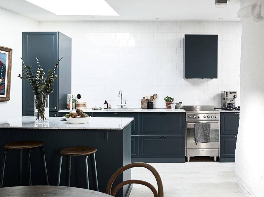 Dark blue kitchen ideas # 02