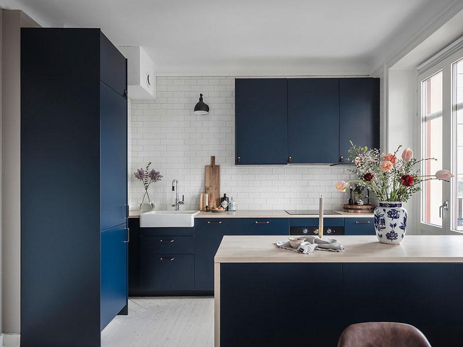 Blue and white kitchen ideas n.02