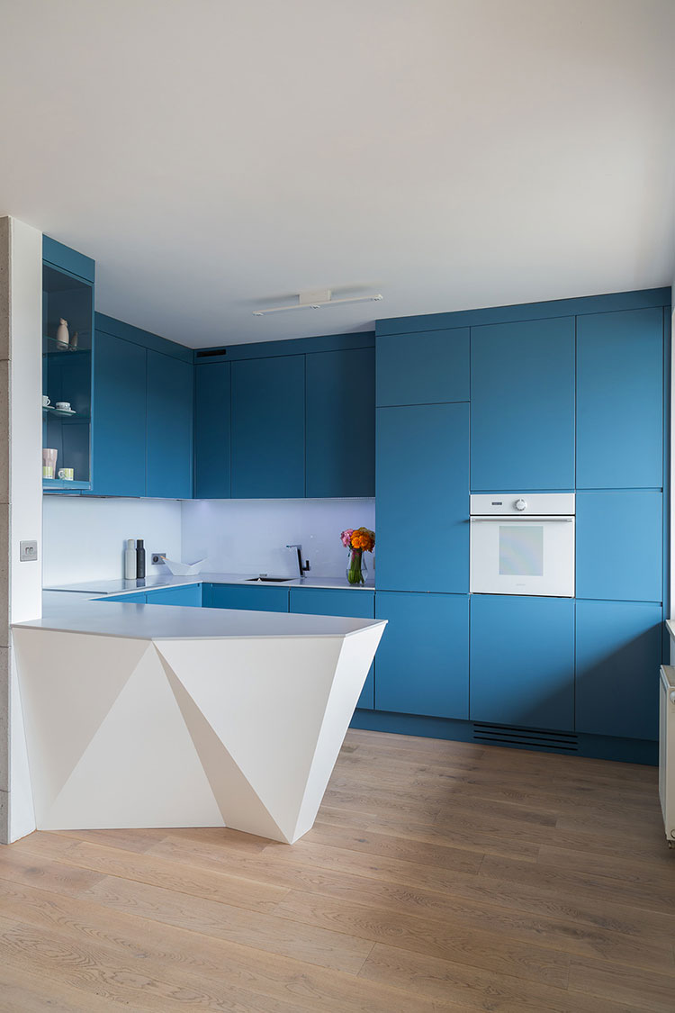 Ideas for decorating a blue kitchen n.19