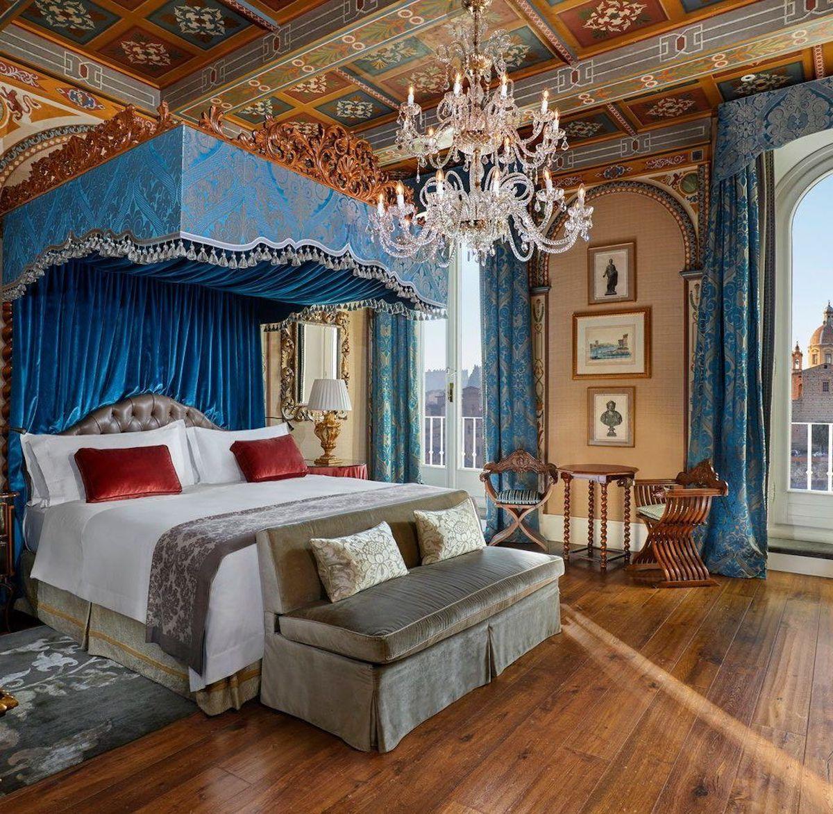 florentine-style-bedroom-9