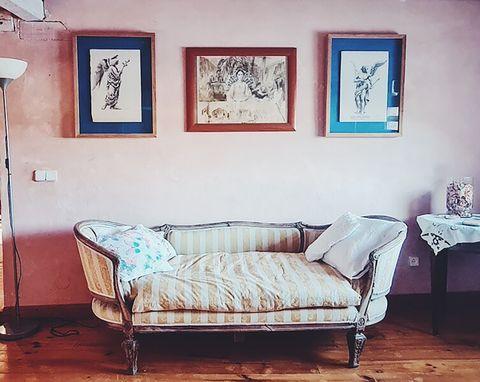 blue house of lucía bosé in brieva segovia sofa cabriole eslito luis xv