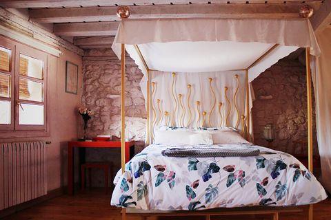 blue house by lucía bosé in brieva segovia bedroom 50s