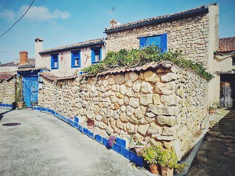 blue house of lucía bosé in brieva segovia exterior