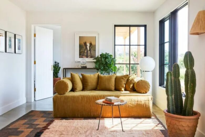 place-tv-living-room-small-10