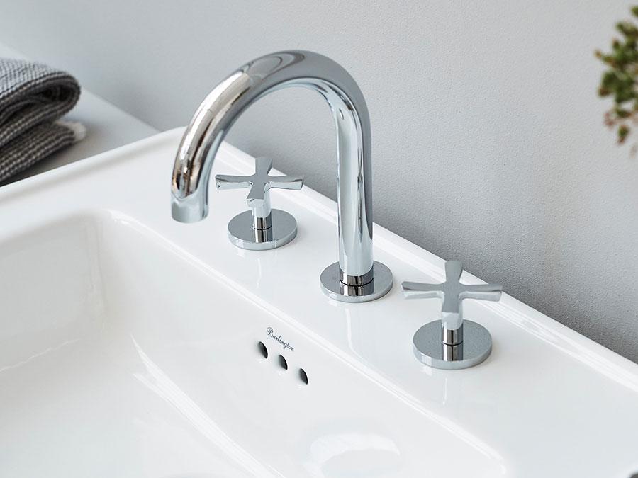 Vintage bathroom faucet model n.02