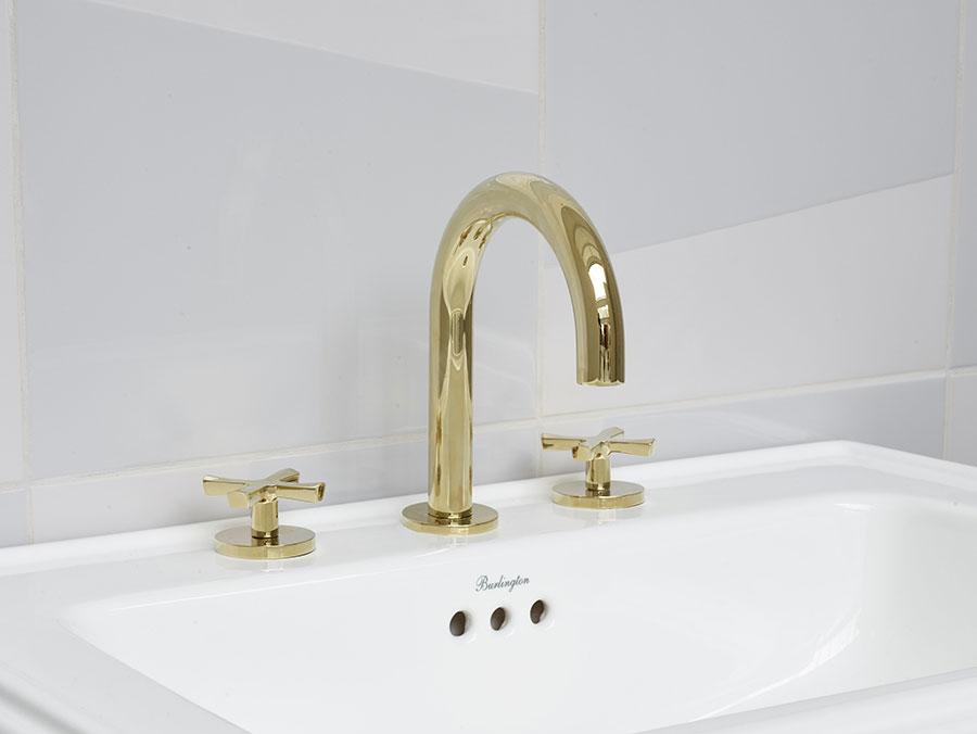 Vintage bathroom faucet model n.03