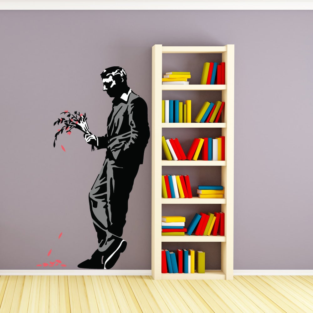 Decorating-home-in-Bansky-style-murals-in-all-stencil07