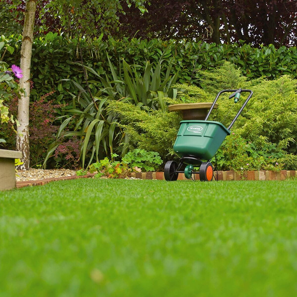 how-to-choose-the-fertilizer-spreader-17