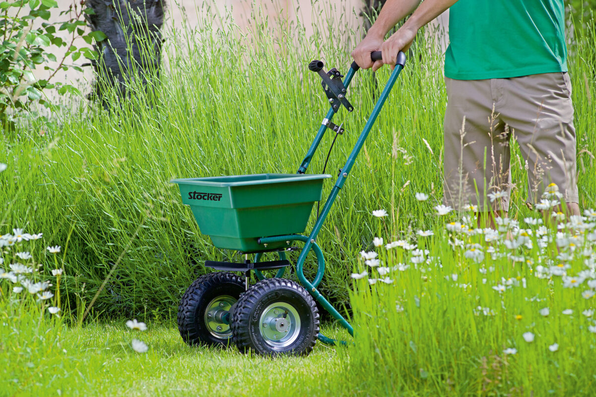 how-to-choose-the-fertilizer-spreader-15