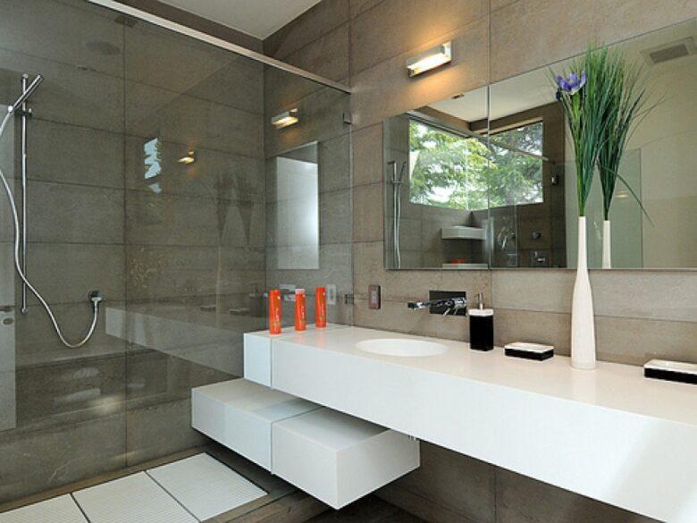 Small-modern-bathroom-ideas-for-decorating-9