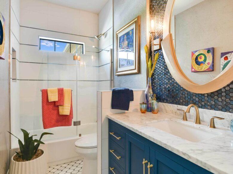 Small-modern-bathroom-ideas-for-decorating-15