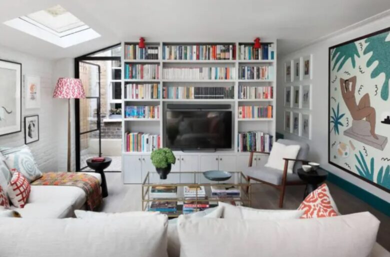 place-tv-living-room-small-01