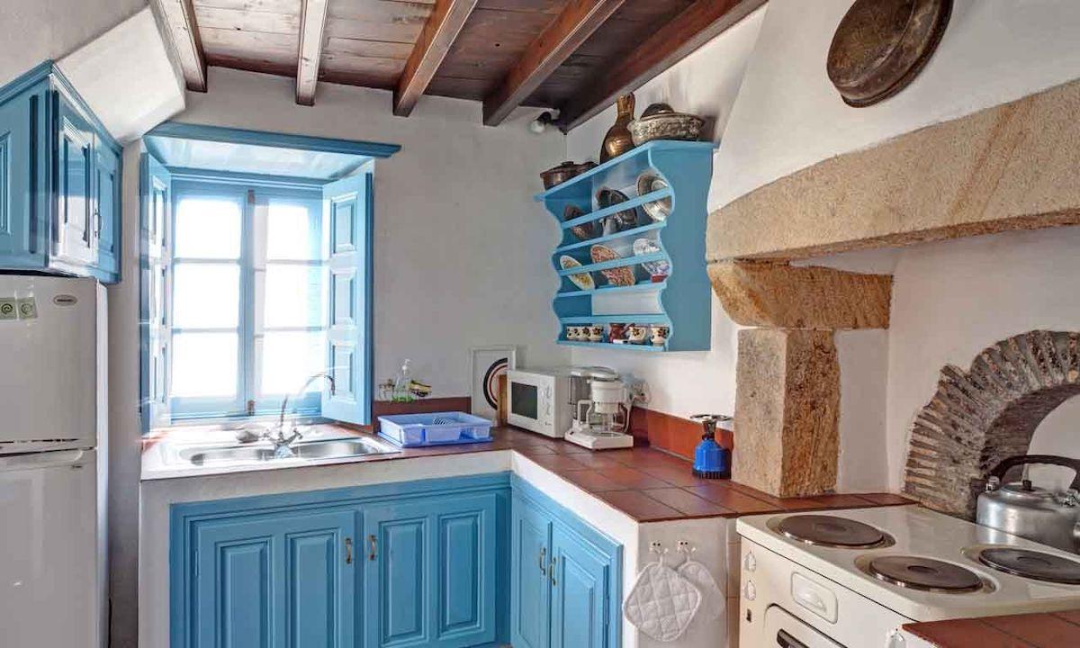 decorating-kitchen-greek-style-13