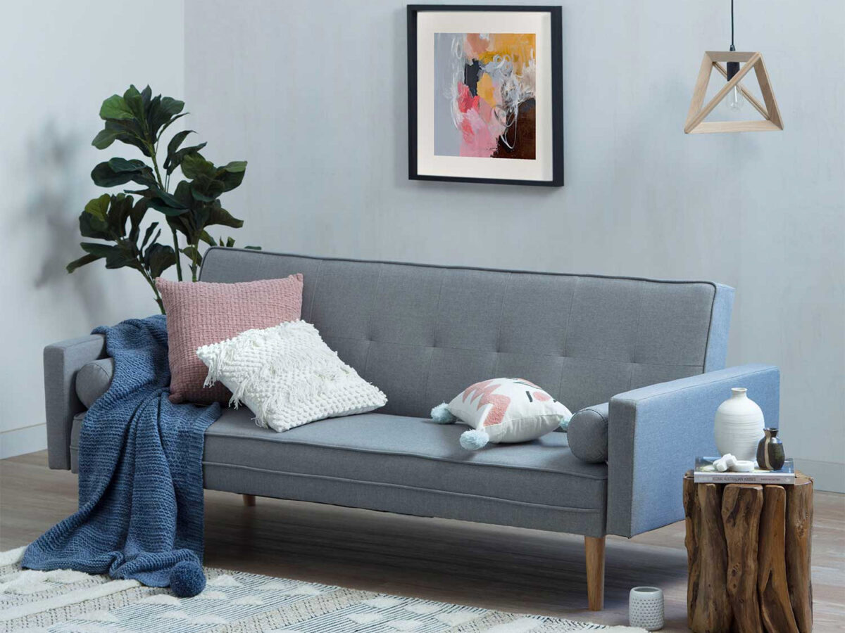 living-room-small-colors-to-avoid-13